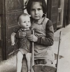 JDC: Impossible Reconstructions: Families After the Holocaust
